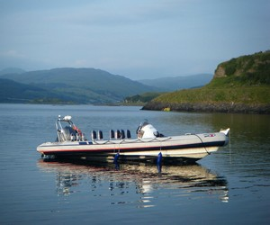 appin_boat_tours_2_300.jpg